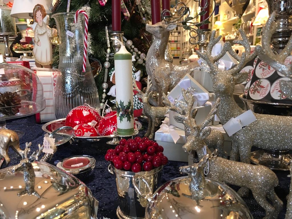 wir haben die passenden geschenk ideen f r weihnachten teehaus augsburg. Black Bedroom Furniture Sets. Home Design Ideas